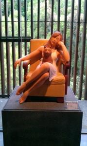 戴堯燻於三義木雕博物館〈查某人的味〉展覽一隅(1)