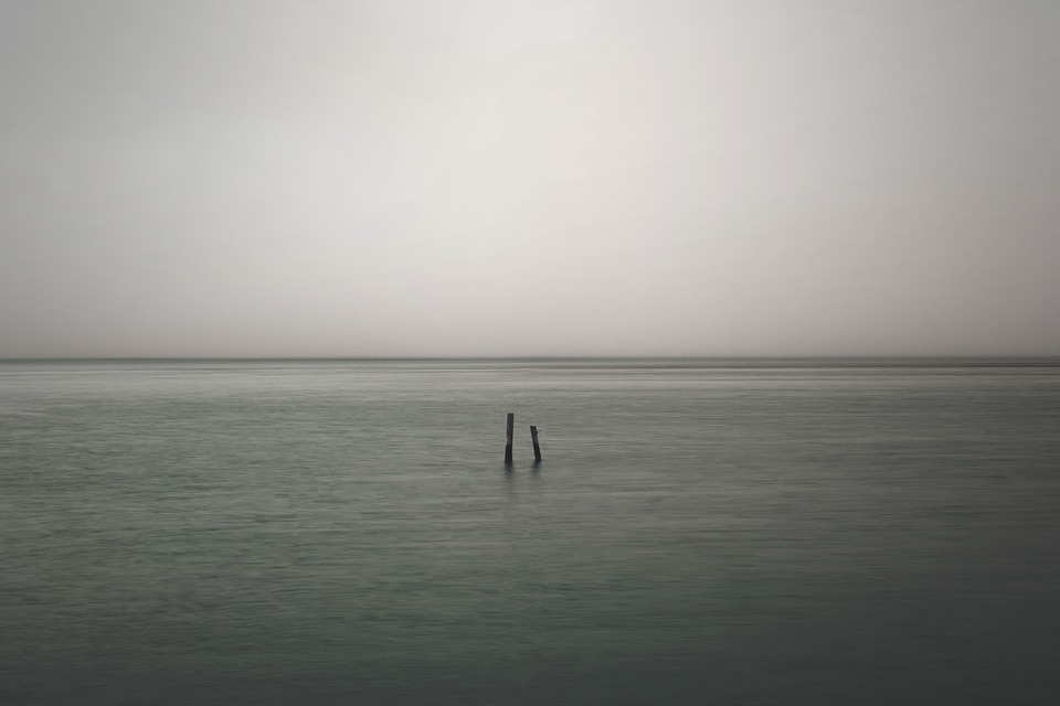 lonely-821489_960_720