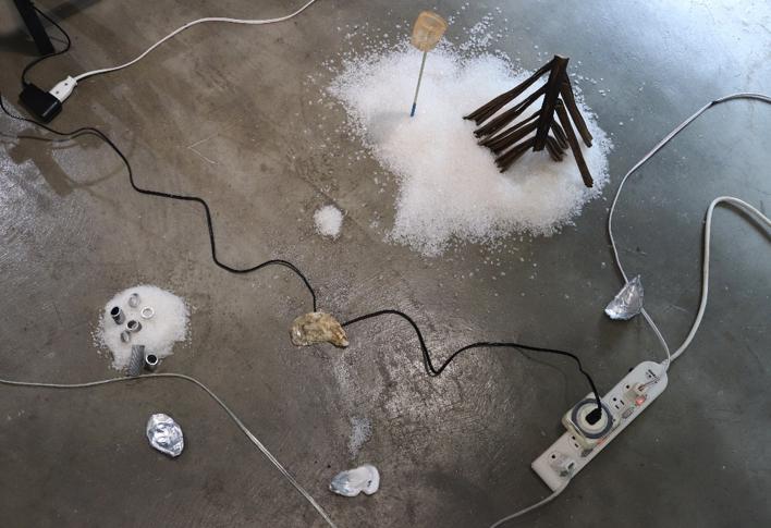 《水城水鄉》,複合媒材,尺寸依場地而定,2020版。攝影|顏珮珊